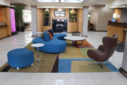 . Fairfield Inn & Suites by Marriott Kansas City Liberty