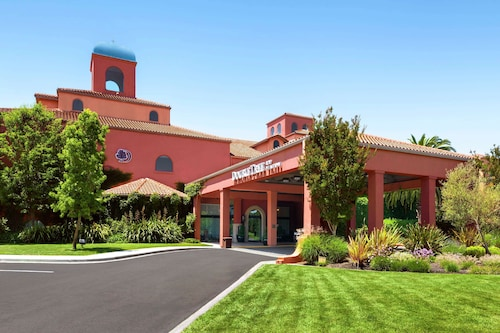. DoubleTree by Hilton Sonoma - Wine Country