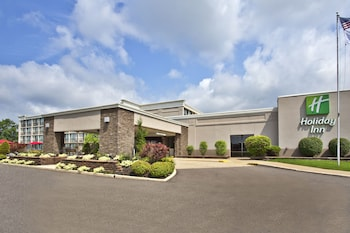 西阿克隆菲爾朗假日飯店 Holiday Inn Akron West - Fairlawn, an IHG Hotel