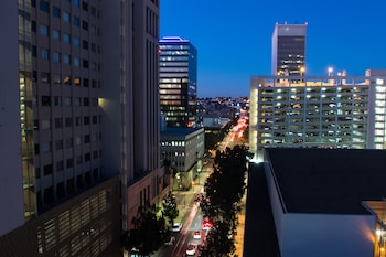 City View at Bristol Hotel - A Greystone Hotel in San Diego