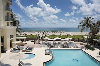 希爾頓辛格島海濱 - 棕櫚海灘渡假村 Hilton Singer Island Oceanfront/Palm Beaches Resort