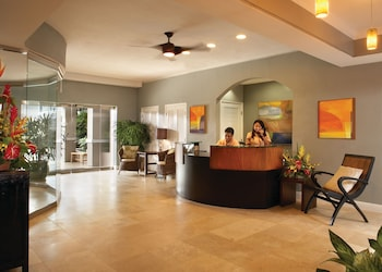 Hotel - Regency on Beachwalk Waikiki by Outrigger