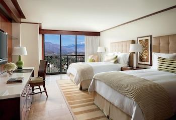 Room, 2 Queen Beds, Terrace