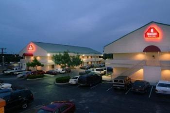 Hotel - HomeGate Studios & Suites San Antonio Fiesta Park