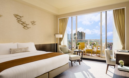. Hong Kong Gold Coast Hotel