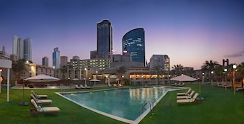 Hotel - Crowne Plaza Bahrain