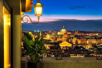 Penthouse (Villa Medici Suite)
