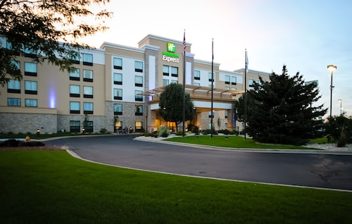 . Holiday Inn Express Janesville - I-90 & US Hwy 14, an IHG Hotel