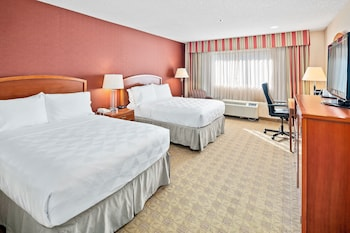 Room, 2 Double Beds, Accessible, Non Smoking (Hearing, Mobility, Roll-In Shower)