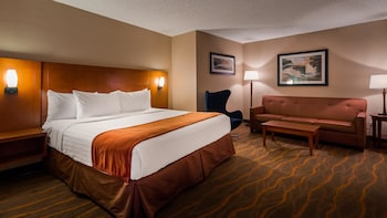 Guestroom at Best Western Lake Buena Vista - Disney Springs® Resort Area in Lake Buena Vista