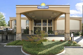 Hotel - Days Inn & Suites by Wyndham Tuscaloosa - Univ. of Alabama