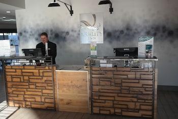 Reception at Quality Inn Phoenix Airport in Phoenix