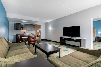 Top 25 Hotels Near ST  Thomas Sports Complex in St  Thomas, PA