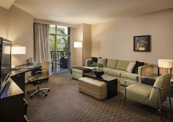 Guestroom At Hyatt Regency Scottsdale Resort And Spa Gainey Ranch