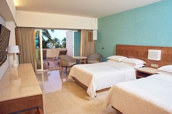 Deluxe Room, 2 Double Beds, Terrace, Garden View