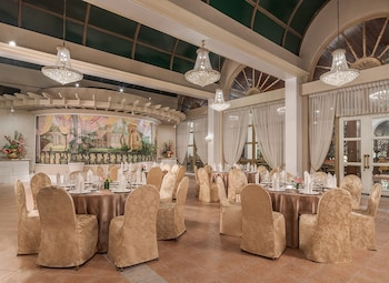 Manila Hotel Meeting Facility