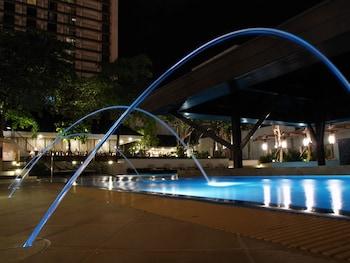 Manila Hotel Outdoor Pool