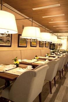 Manila Hotel Restaurant