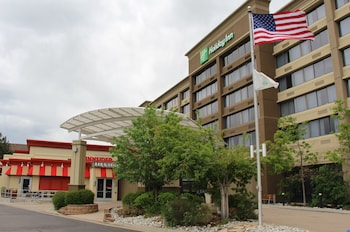 丹佛雷克伍德假日飯店 Holiday Inn Denver Lakewood, an IHG Hotel