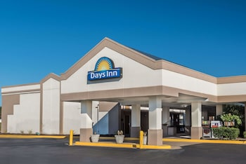 Days Inn by Wyndham South Hill