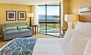 Room, 1 King Bed, Balcony, Bay View