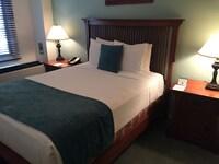 Standard Room, 1 Queen Bed (size)