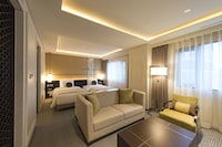 Executive Royal Suite (21F Club Lounge Access, Con