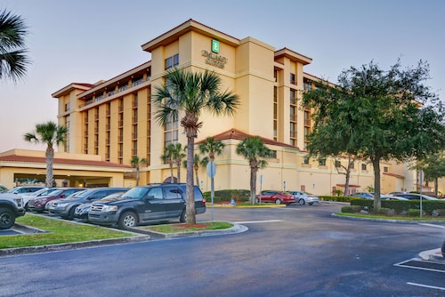. Embassy Suites by Hilton Orlando-North