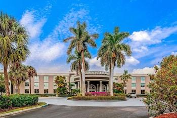 那不勒斯市中心溫德姆拉昆塔套房飯店 La Quinta Inn & Suites by Wyndham Naples Downtown