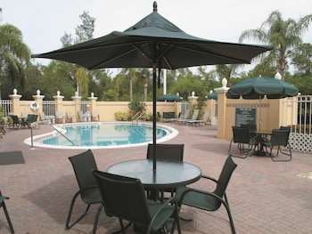 Hotel - La Quinta Inn & Suites by Wyndham Naples Downtown