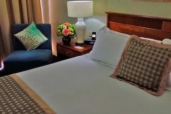 Guestroom at Novotel Sydney Brighton Beach in Brighton-le-Sands