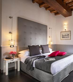 Room, Connecting Rooms (Via del Corso 81) (no breakfast)