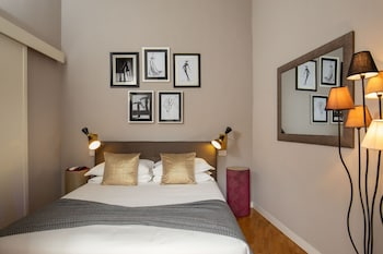 Apartment, Kitchen (at Via del Babuino 160)