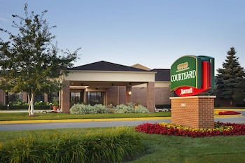 Hotel - Courtyard by Marriott Milwaukee Brookfield