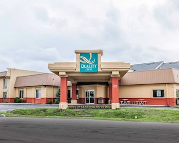 Quality Inn East photo