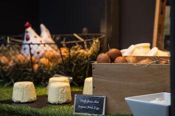 ノボテル パリ レ アール