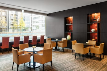 COURTYARD BY MARRIOTT TOKYO GINZA Lobby Lounge
