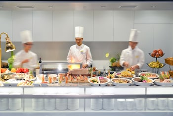 COURTYARD BY MARRIOTT TOKYO GINZA Dining
