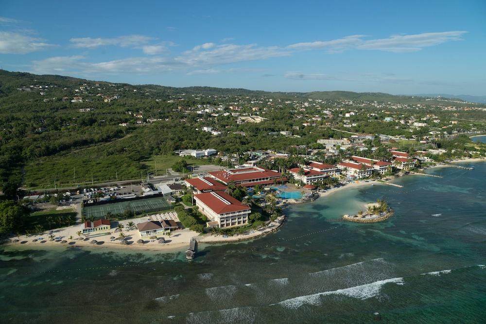 Hotel Holiday Inn Resort MONTEGO BAY ALL-INCLUSIVE