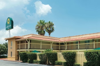 Hotel - La Quinta Inn by Wyndham New Orleans Causeway