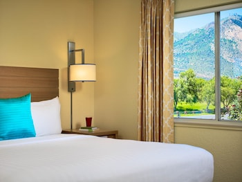 Hotel - Sonesta ES Suites Flagstaff