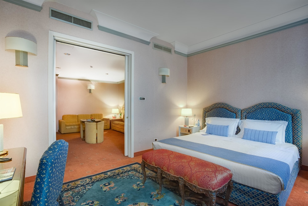 リボリ ブティック ホテル