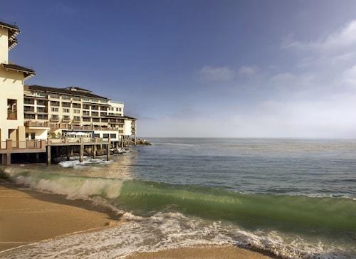. Monterey Plaza Hotel & Spa