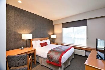 Suite, 1 Bedroom, Mountain View (1 Queen Bed)