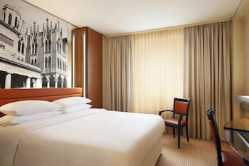 Padova Vacations - Four Points by Sheraton Padova - Property Image 1