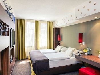 Privilege, Room, 1 Queen Bed