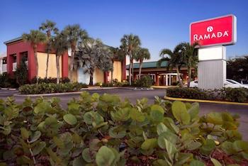 那不勒斯溫德姆華美達飯店 Ramada by Wyndham Naples