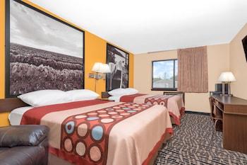 Room, 2 Queen Beds, Non Smoking (2nd Floor)