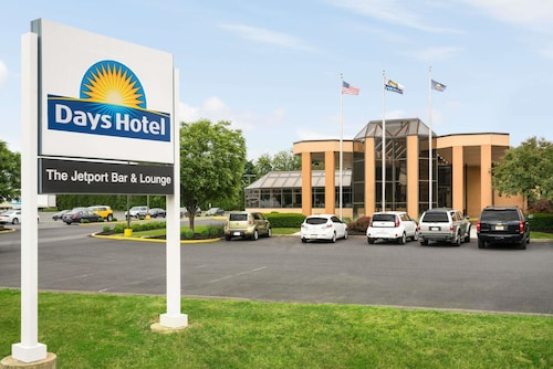 . Days Hotel by Wyndham Allentown Airport / Lehigh Valley