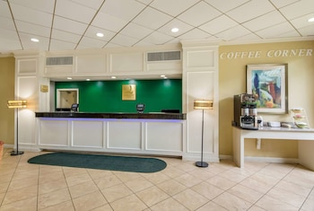 Hotel - Quality Inn Roanoke Airport